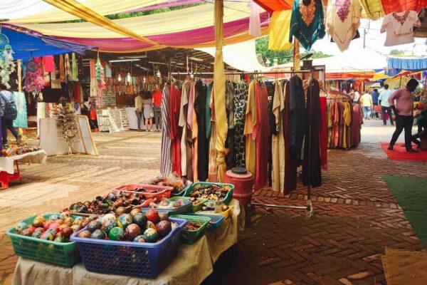 2018 ST 54 Ananya Saxena 01 Confused What to Buy MRIS Charmwood Faridabad