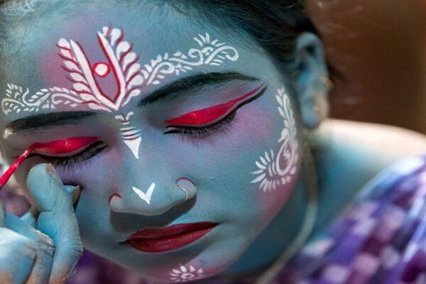 2018 WP 19-Shourjendra Datta 001-The Blue Girl-Kolkata